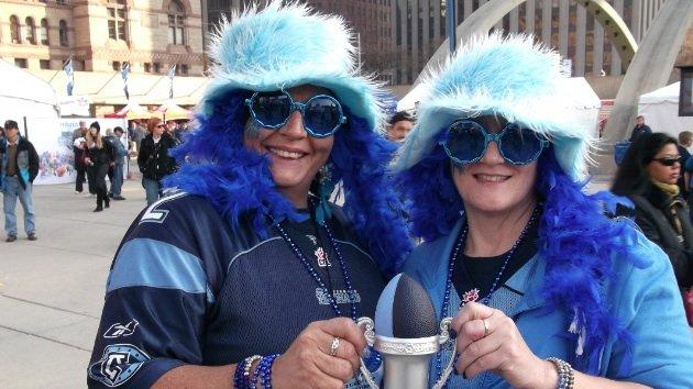 """""""Thelma and Louise Danger"""" - longtime Argonauts fans - wished there were more Argos fans showing their support in Toronto. (Yahoo! Canada Sports/Dustin Pollack)"""