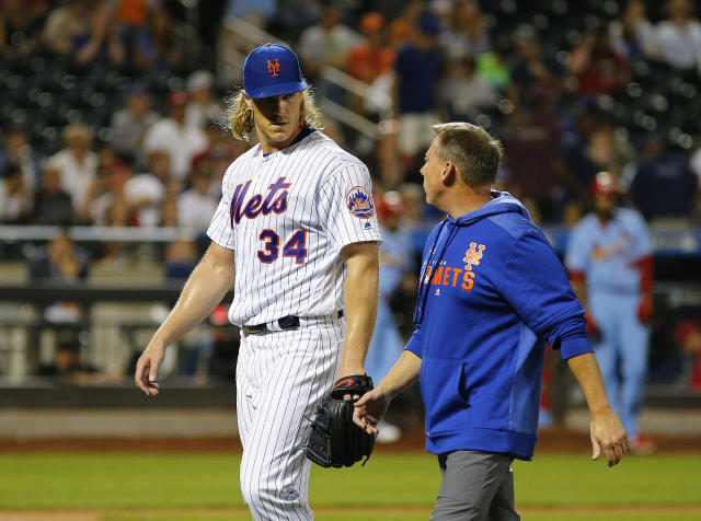 """<a class=""""link rapid-noclick-resp"""" href=""""/mlb/players/9597/"""" data-ylk=""""slk:Noah Syndergaard"""">Noah Syndergaard</a> exits Saturday's loss to the <a class=""""link rapid-noclick-resp"""" href=""""/mlb/teams/st-louis/"""" data-ylk=""""slk:Cardinals"""">Cardinals</a> with a hamstring injury. (Andy Marlin-USA TODAY Sports)"""