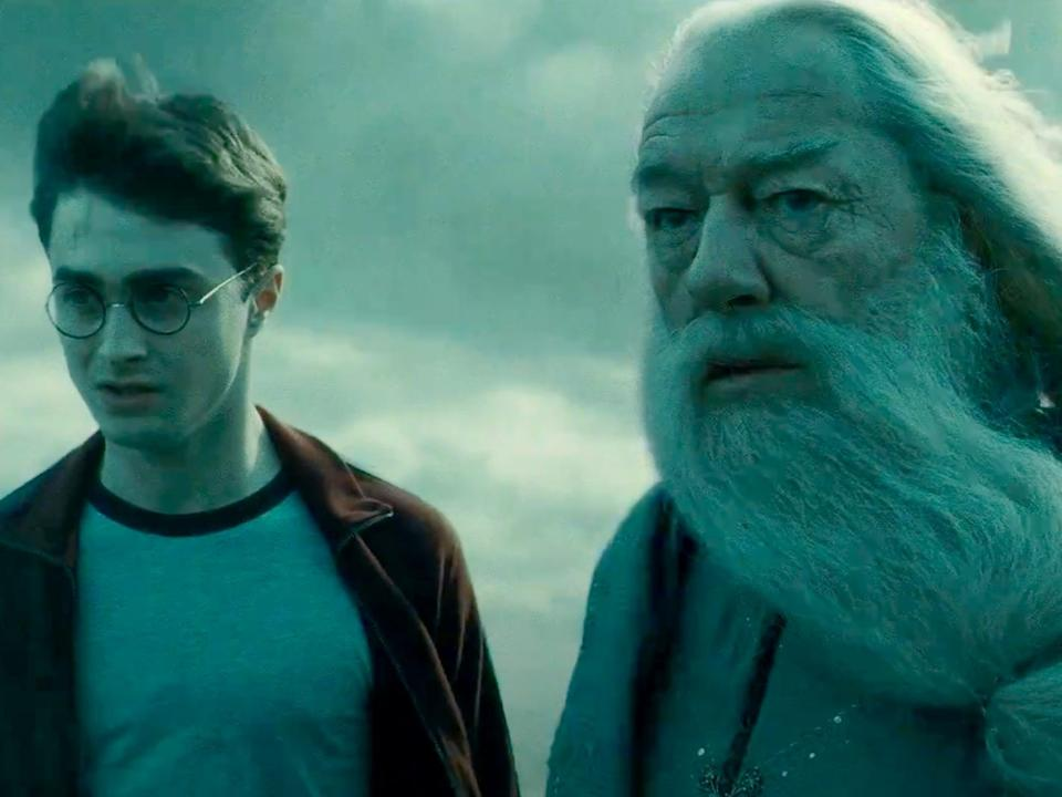 Harry Potter is in his sixth year of Hogwarts when he starts to uncover more about Lord Voldemort's past.
