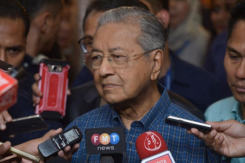 Dr Mahathir says Malaysia is committed to participate in the Comprehensive and Progressive Agreement for Trans-Pacific Partnership. ― Picture by Mukhriz Hazim