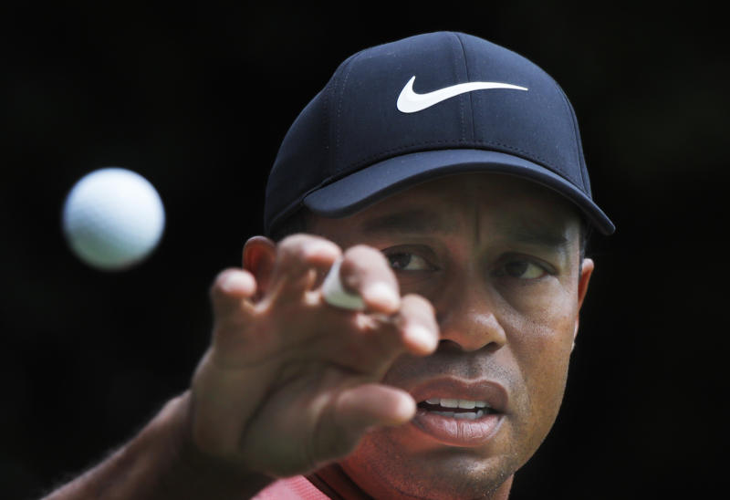 Tiger 4-putts for first time in 3 222 days!