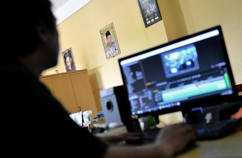 An Aswaja TV crew edits a television program that will help promote a moderate form of Islam in Indonesia, the world's most populous Muslim-majority country (AFP Photo/Bay Ismoyo)