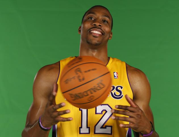 Dwight Howard has followed Shaq's ringless path from Orlando to the Lakers. (Reuters)