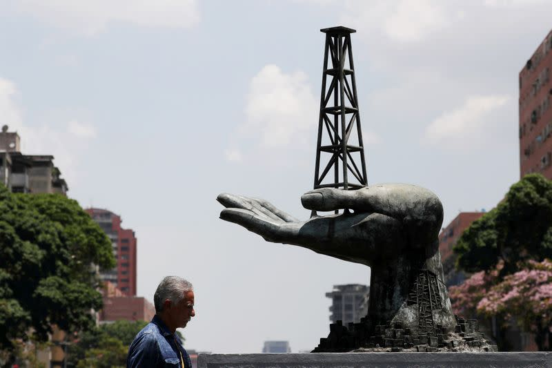 U.S. slaps sanctions on Mexican firms, individuals linked to Venezuelan oil trade