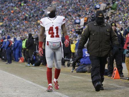 Jan 8, 2017; Green Bay, WI, USA; New York Giants cornerback Dominique Rodgers-Cromartie (41) walks off the field after being injured against the Green Bay Packers during the first half in the NFC Wild Card playoff football game at Lambeau Field. Mandatory Credit: Jeff Hanisch-USA TODAY Sports