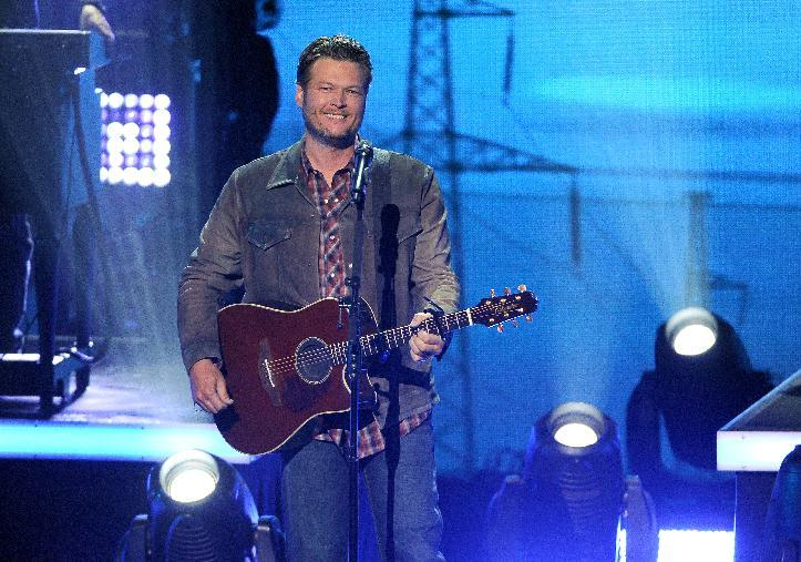Blake Shelton performs at the iHeartRadio Music Awards at the Shrine Auditorium on Thursday, May 1, 2014, in Los Angeles. (Photo by Chris Pizzello/Invision/AP)