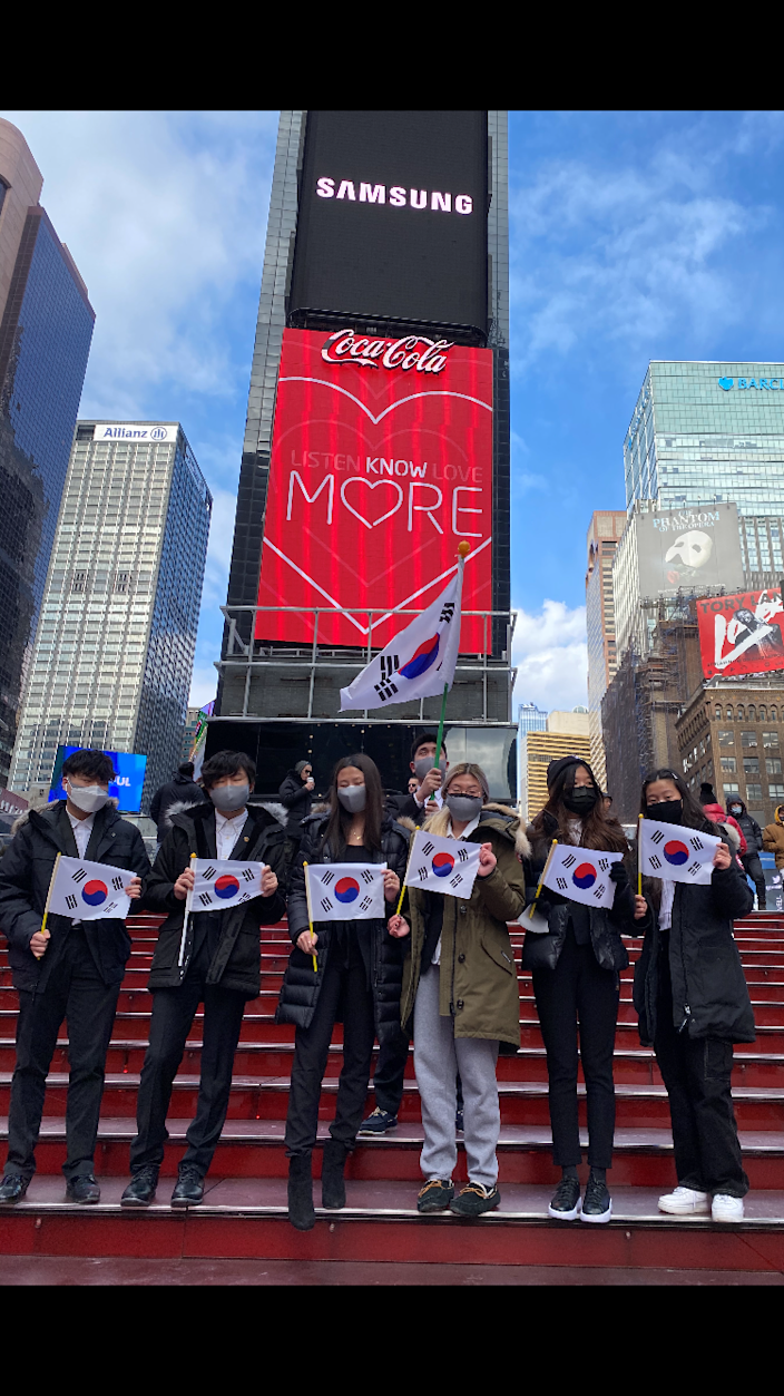 Members of KAANJ Youth Council in Manhattan as they faced a verbal assault. From left to right: Isaac Lee, Derek Myung, Yena Choe, Jenny Lee, Melody Ji, Rachel Ryu.