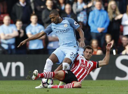 Southampton's Cedric Soares in action with Manchester City's Fernandinho