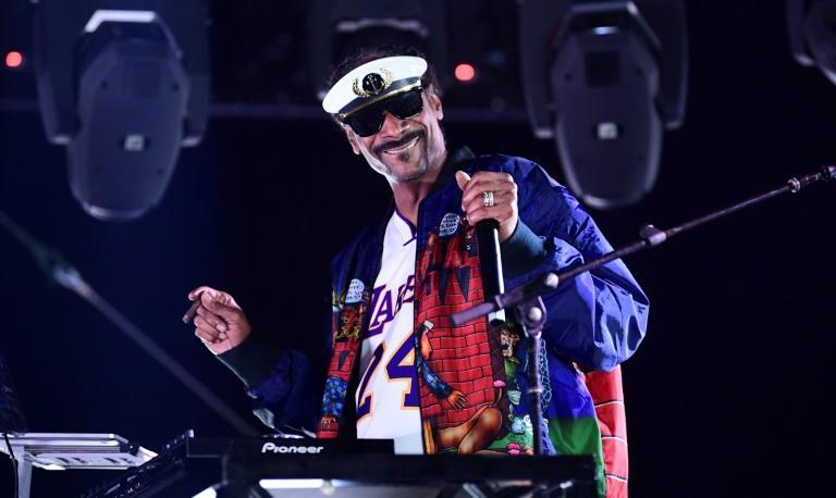 Snoop Dogg will also be part of the Super Bowl halftime performance (AFP/Frederic J. BROWN)