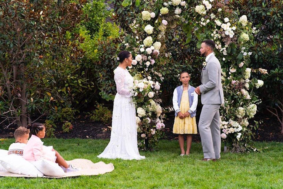 Stephen and Ayesha Curry vow renewal