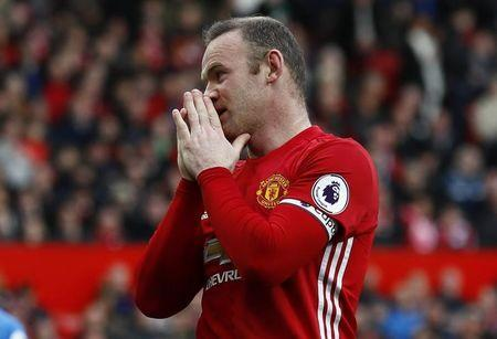 Manchester United's Wayne Rooney reacts