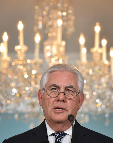 US Secretary of State Rex Tillerson holds a press conference on Iran in the Treaty Room of the State Department in Washington, DC on April 19, 2017 (AFP Photo/MANDEL NGAN)