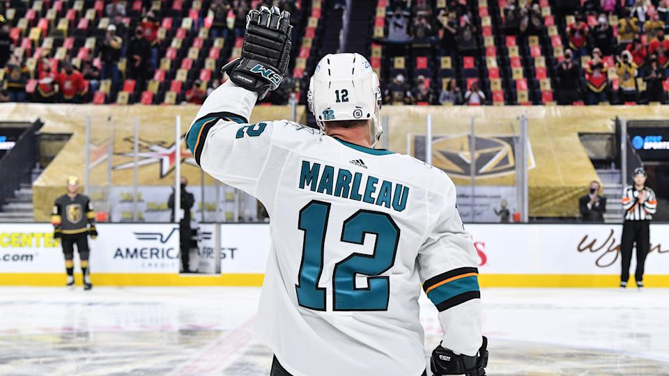 Patrick Marleau waves to the fans after breaking Gordie Howe's record for most games played.(Photo by Brandon Magnus/NHLI via Getty Images)