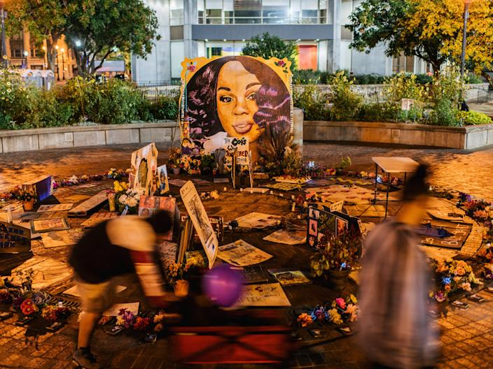 "Children play near a mural of Breonna Taylor on September 17, 2020 in Louisville, Kentucky. Protestors continue to gather to celebrate the life of Breonna Taylor, at Jefferson Square Park, in front of the Louisville Metro Hall. <p class=""copyright"">Brandon Bell/Getty Images</p>"