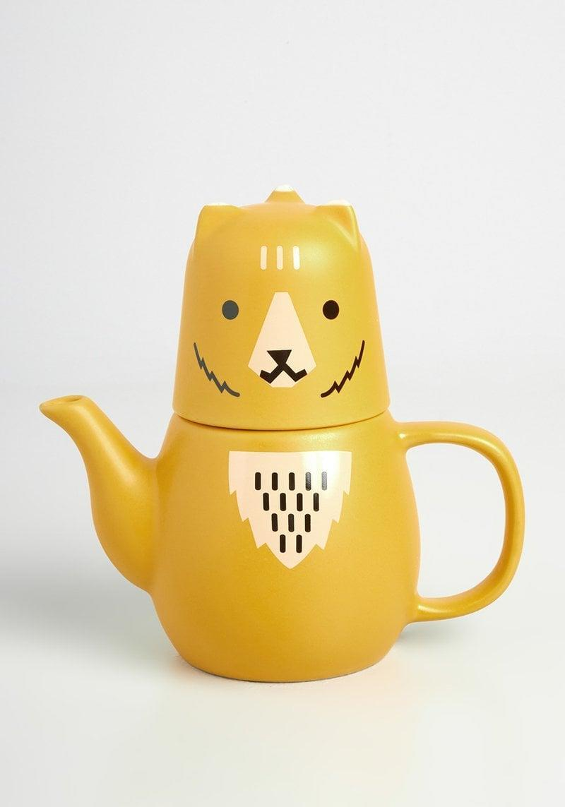 <p>How freaking adorable is this <span>Boris the Bear Tea Set</span> ($30)? It comes with one tea cup and a tea pot, perfect for brewing a cozy cup of tea. It'll bring the biggest smile to your BFF's face.</p>