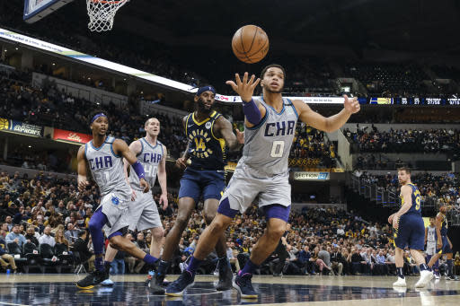 Sabonis scores 21 points to lead Pacers over Hornets, 119-80
