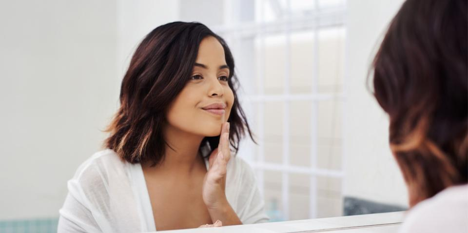 Removing makeup has never been easier thanks to these affordable and reusable makeup wipes. (Getty Images)