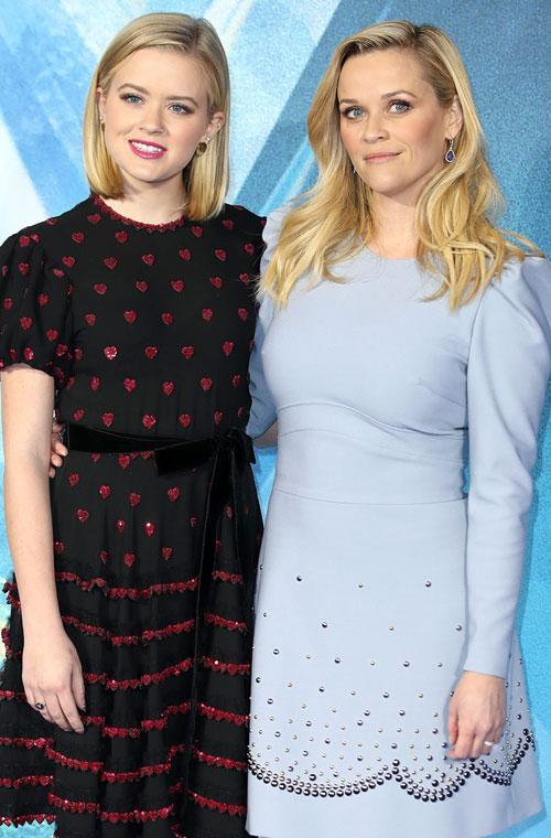 <p>Reese Witherspoon and her daughter Ava have once again turned heads for their striking similarities. At the Wrinkle In Time premiere in Europe fans couldn't believe their eyes.</p>