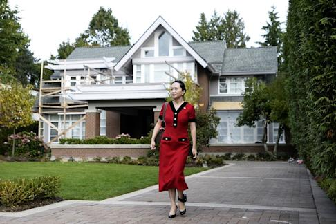 Meng Wanzhou, chief financial officer of Huawei, leaves her home for a court appearance wearing an electronic ankle tag in Vancouver, British Columbia, Canada. Photo: Bloomberg
