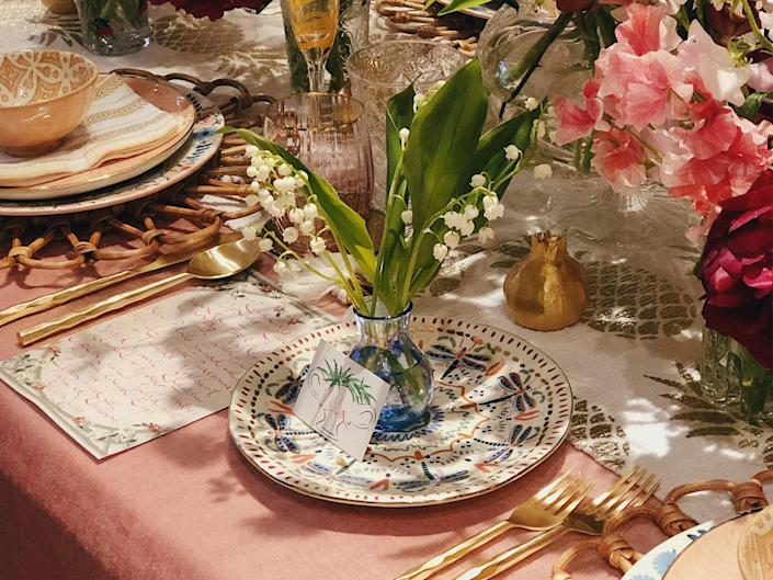 No matter how minimal or extravagant your style, tablescaping will take your future dinner parties to the next level: Rowan Blossom