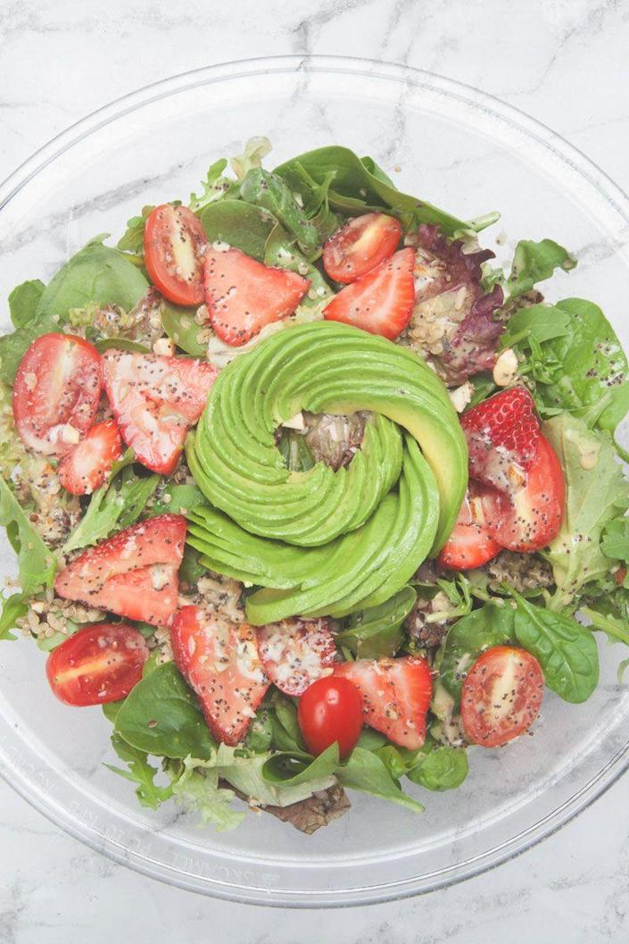 "<p>Have 15 minutes? Then you can make a zesty and wholesome salad that'll please even the pickiest member of your family.</p><p><strong>Get the recipe on <a href=""https://www.forthechef.com/crave/avocado-strawberry-quinoa-salad-recipe/"" rel=""nofollow noopener"" target=""_blank"" data-ylk=""slk:For The Chef"" class=""link rapid-noclick-resp"">For The Chef</a>.</strong></p>"