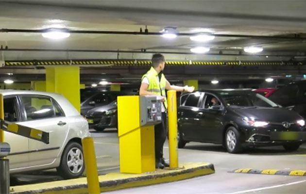 This guy gets away with paying his parking ticket in the cheekiest way! Photo: Storyful