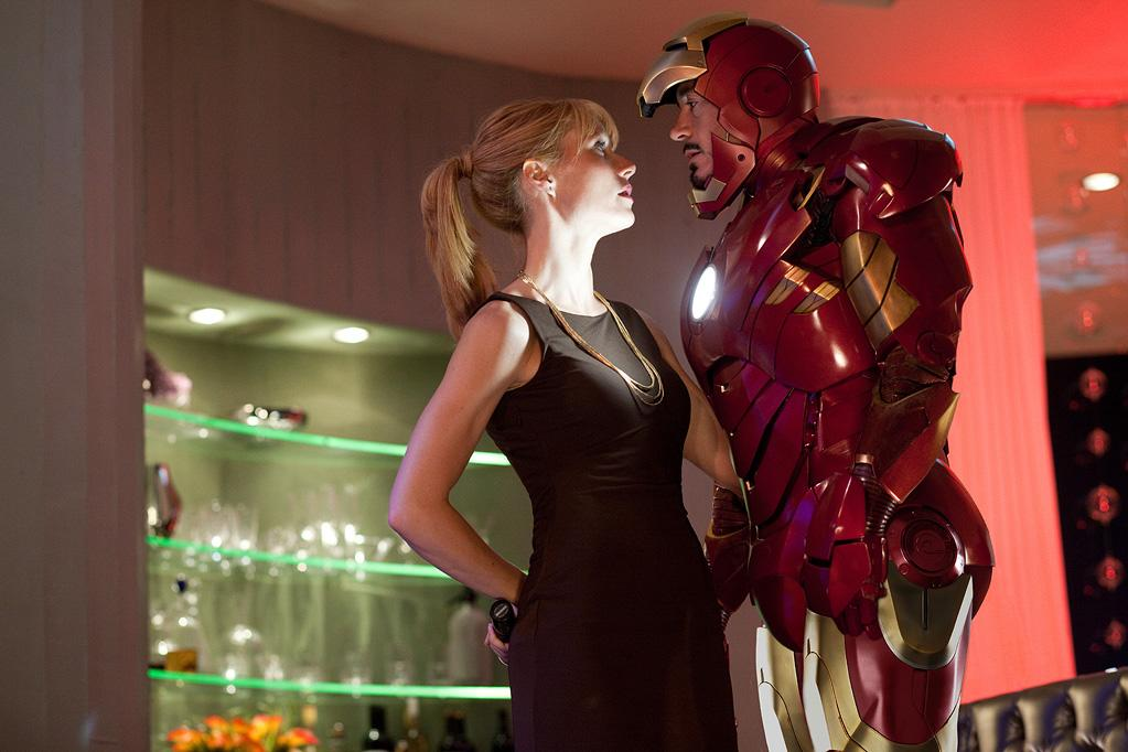 "4. ""<a href=""http://movies.yahoo.com/movie/1810026429/info"">Iron Man 2</a>"" took in $622 million, putting the film $37 million over the first Iron Man's earnings. Execs at Viacom studio Paramount are hoping ""Iron Man 2""'s strong performance bodes well for a slew of other Marvel superhero movies it has lined up for the next few years, including ""<a href=""http://movies.yahoo.com/movie/1810026516/info"">The Avengers</a>"" in 2012, which will feature Iron Man alongside the likes of Captain America and The Incredible Hulk."