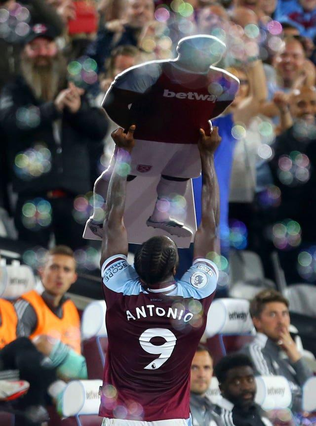 Michail Antonio celebrated with a cardboard cut-out