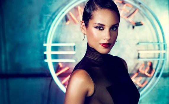 "Alicia Keys : une double exploitation de son nouvel album avec le single ""Fire We Make"""