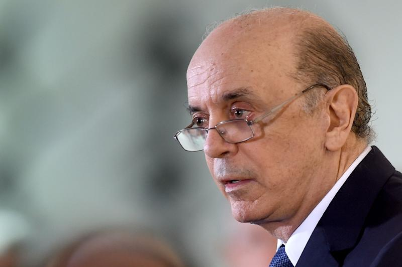 Acting Brazil leader rebuffed by 2 unions post-impeachment