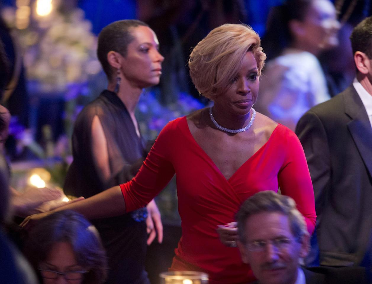 Singer Mary J. Blige arrives at the State Dinner for French President Francois Hollande, Tuesday, Feb. 11, 2014, on the South Lawn of the White House in Washington. Blige will be performing as part of the event later tonight. (AP Photo/Pablo Martinez Monsivais)