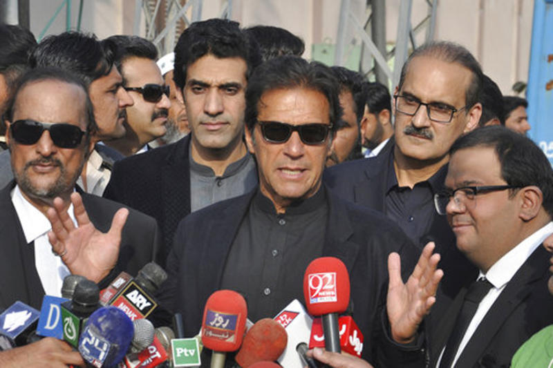 Imran Khan Launches Another Bid to Become Pakistan PM, Promises Sweeping Changes