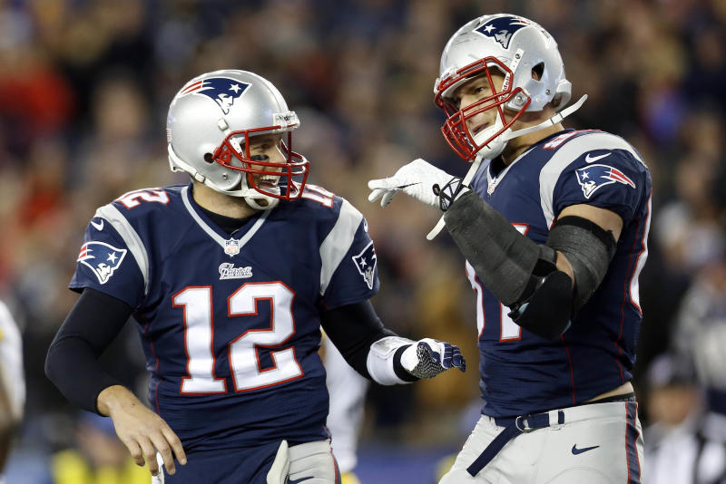 Tom Brady, Rob Gronkowski reportedly throw in private workout at UCLA