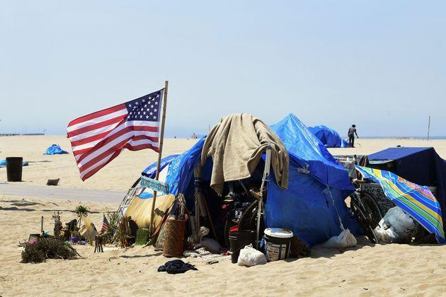 Homelessness in California has risen by 24% since 2018. Public encampments like this one at Venice Beach in Los Angeles have fueled anger at elected Democrats among some voters. (Photo: FREDERIC J. BROWN/Getty Images)