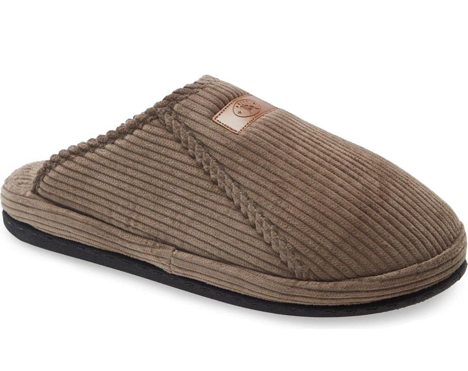 Men's Laze Scuff Slipper. Image via Nordstrom.