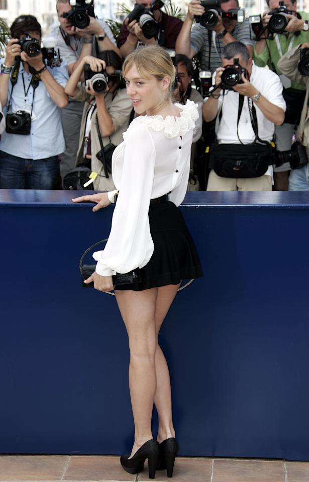 "American actress Chloe Sevigny poses during a photo call for the film ""Zodiac,"" at the 60th International film festival in Cannes, southern France, on Thursday, May 17, 2007. (AP Photo/Francois Mori)"