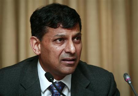 Reserve Bank of India (RBI) Governor Raghuram Rajan speaks during a news conference after the mid-quarter monetary policy review at the RBI headquarters in Mumbai September 20, 2013. REUTERS/Danish Siddiqui