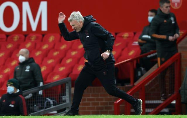 David Moyes shows his frustration during the defeat at Old Trafford