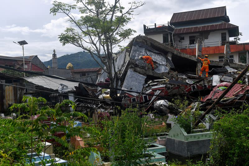 FILE PHOTO: Aftermath of earthquake in Mamuju, West Sulawesi
