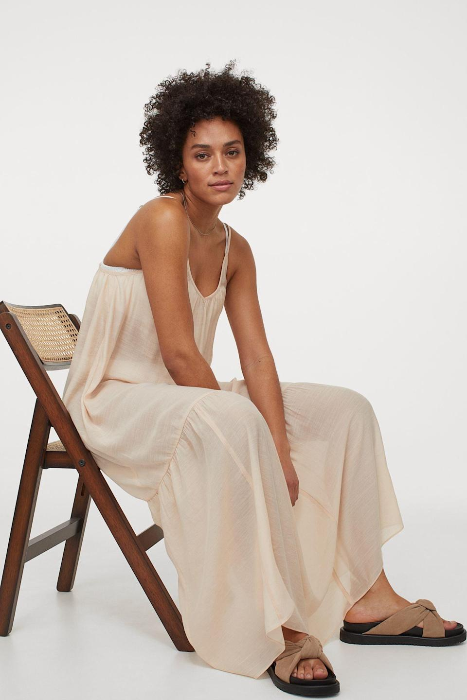 <p>Your off-duty days will be made a lot comfier with this <span>Long Beach Dress</span> ($35). Whether you wear it to lounge at home or actually take it out to the beach, you'll feel effortless and easygoing.</p>