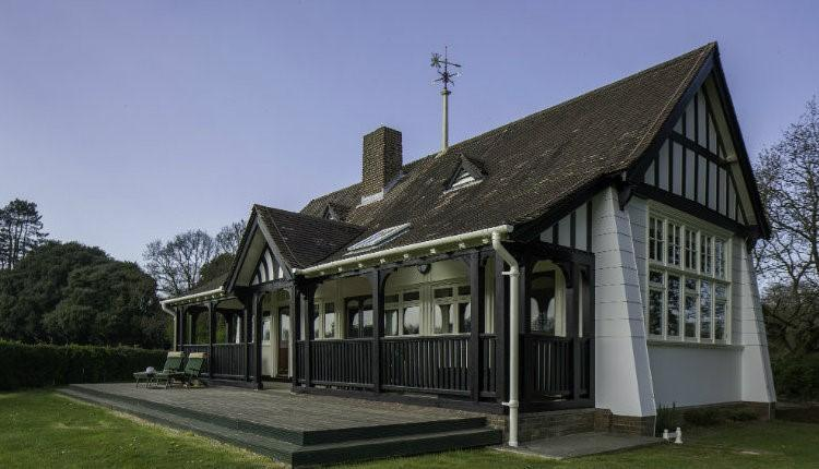 """<p>Queen Victoria's former holiday home in the Isle of Wight is home to Pavilion Cottage which can be rented from £681 for the week. Overlooking Cottage Field, the refurbished property is stooped in history from the nearby private beach to Swiss Cottage quarter. <em><a href=""""https://www.visitisleofwight.co.uk/accommodation/pavilion-cottage-osborne-p1130281"""" rel=""""nofollow noopener"""" target=""""_blank"""" data-ylk=""""slk:Book now"""" class=""""link rapid-noclick-resp"""">Book now</a>. [Photo: Isle of Wight Official Tourism Website]</em> </p>"""