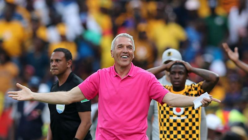 Poor refereeing cost Kaizer Chiefs recent defeats - Middendorp