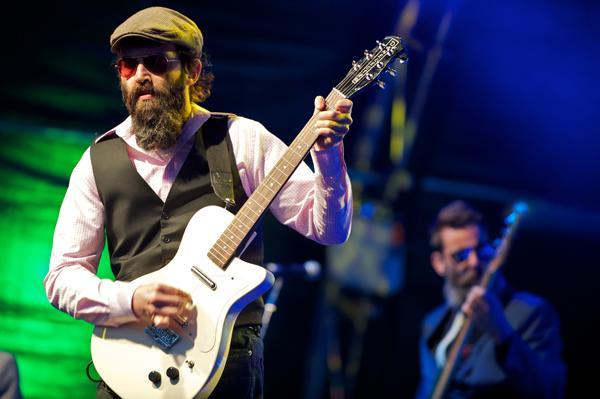 Eels' 'Wonderful Glorious' New Makeover