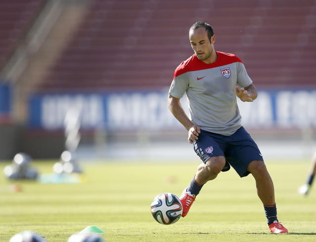 United States' Landon Donovan, controls the ball during a training session on Wednesday, May 14, 2014, Stanford, Calif. The US national soccer team kicked off its preparation camp at Stanford University preparing for the World Cup tournament, which gets underway in June. (AP Photo/Tony Avelar)