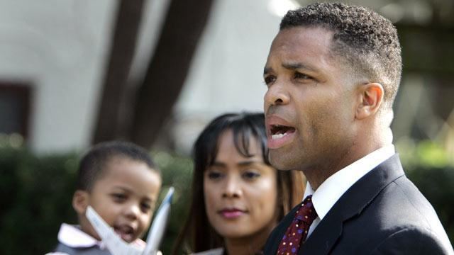 Jesse Jackson Jr.'s Gastric Bypass Linked to Bipolar Disorder?