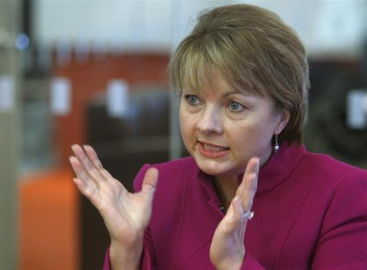 24: WellPoint CEO Angela Braly.