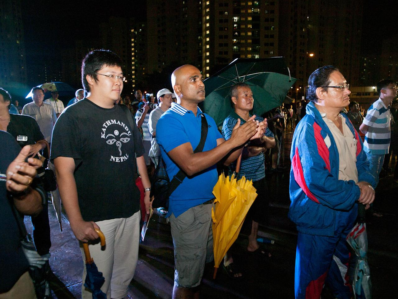 Human rights lawyer M Ravi was spotted at the rally. (Yahoo! photo/Alvin Ho)