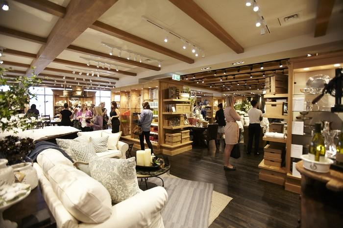 Interior of a Pottery Barn store with contemporary decor.