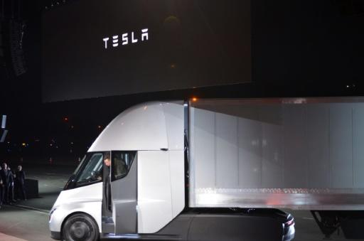 Tesla unveils its all-electric semi truck