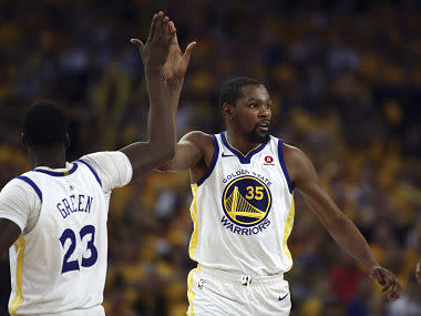 Kevin Durant scored 25 points as the Golden State Warriors powered into the Western Conference playoff semi-finals with a 4-1 series victory over the San Antonio Spurs on Tuesday.